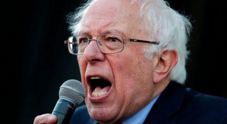 """Bernie Sanders difende i finti aiuti pretesto per la guerra in Venezuela. La risposta di Roger Waters al """"socialista"""" è straordinaria"""