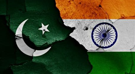 India v Pakistan: What you need to know about Kashmir flare-up that may push nuclear rivals to war