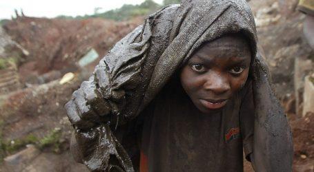 Rapporto di Amnesty: L'economia Green e l'abuso del lavoro minorile