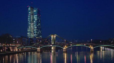 Italia come Grecia, la BCE può tenere segrete decisioni fondamentali per nazioni intere