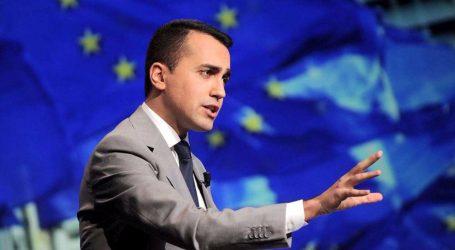 """Magaldi: Di Maio omaggia la Merkel e """"suicida"""" i gialloverdi"""