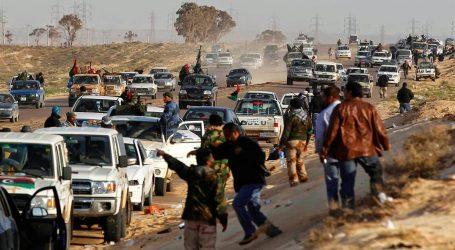"""Libia, il dossier degli 007: """"Seimila profughi pronti a partire per l'Italia"""""""