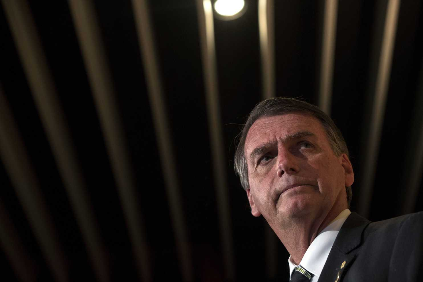 """""""Stiamo lavorando con gli Usa per spaccarle"""". Frasi shock di Bolsonaro sulle forze armate venezuelane"""