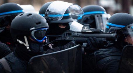 Le Armi-Non-Letali: Peggio delle Pistolettate per i Gilet Gialli