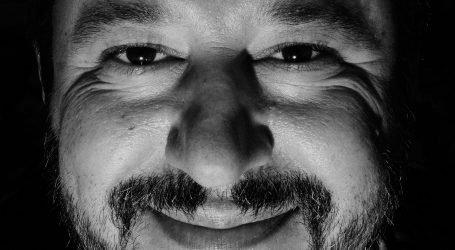 Salvini: Can che Abbaia non morde, Come L'Italia