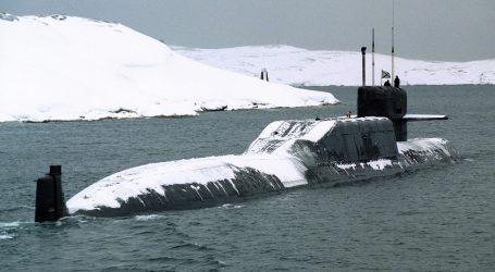 La Russia Chiude Il Passaggio dell'Artico Alle Navi da Guerra Straniere