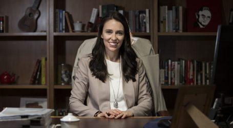 Primo Ministro Neozelandese Jacinda Ardern: PIL Cancro Della Societa'
