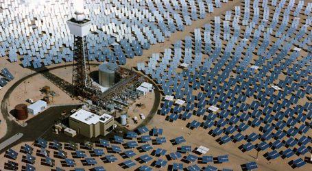 """Primo al Mondo: l'Impianto Solare Australiano ha Generato Vapore """"Supercritico"""""""