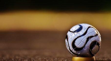 Tesi Pro Toba60: Tattica e Direzione Squadre di Calcio