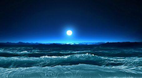 Inventa un Modo Geniale per Generare Energia dalle Onde dell'Oceano ''Minacciato''