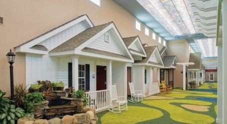 Un Centro Anziani da Sogno a Chagrin Falls, Ohio