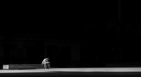 La Solitudine in un Mondo Interconnesso
