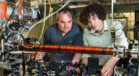 Gli Esperimenti Confermano la Stranezza della Teoria Quantistica