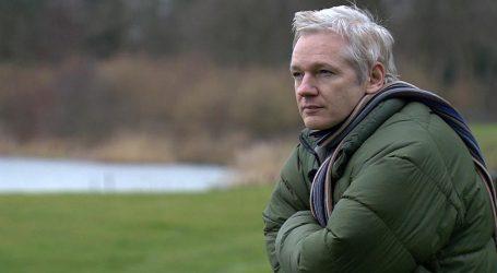 Julian Assange Nobel Per la Pace? Impossibile, Ha Rivelato le Persone Sbagliate, I Nostri Teppisti!